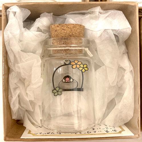 ハース代恵 作「小さな小瓶の物語」