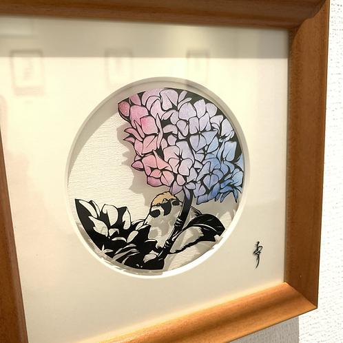 """椿あぐり 作「めぐる季節のお庭シリーズ""""円""""-紫陽花と雀-」"""