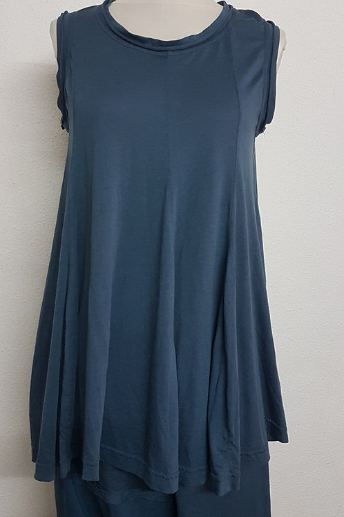Top sleeveless