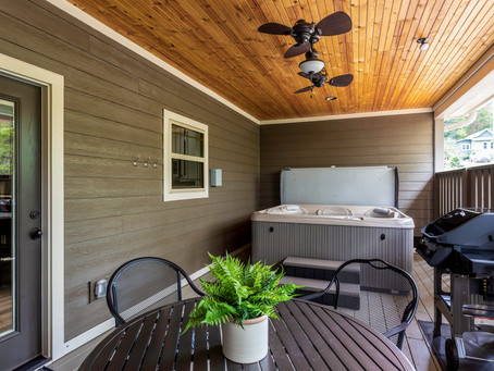 Cabins in Asheville with hot tubs