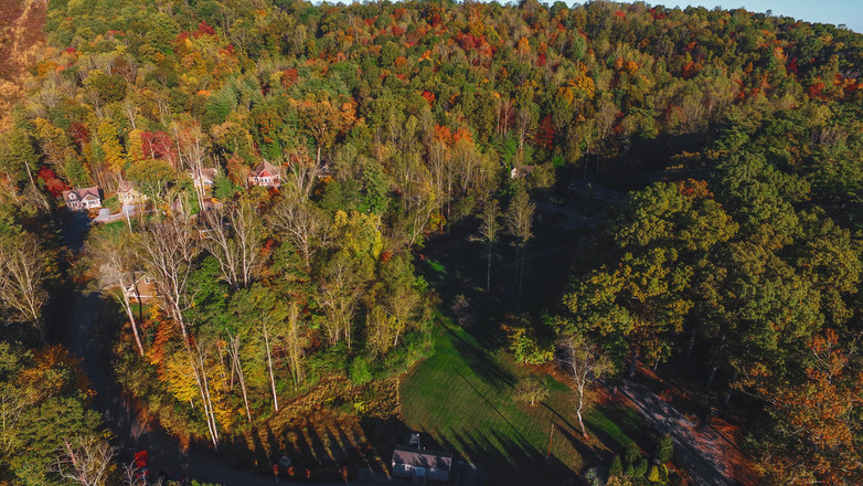 Cabins for rent in Asheville NC with long range views