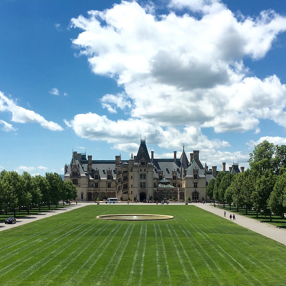 The Biltmore Estate in the Summer