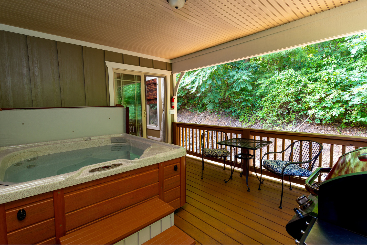 Cystal clear hot tub