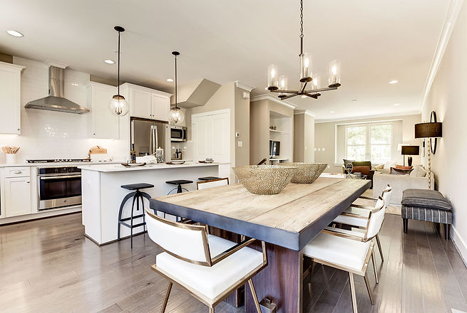 Luxury Townhomes with full size kitchens