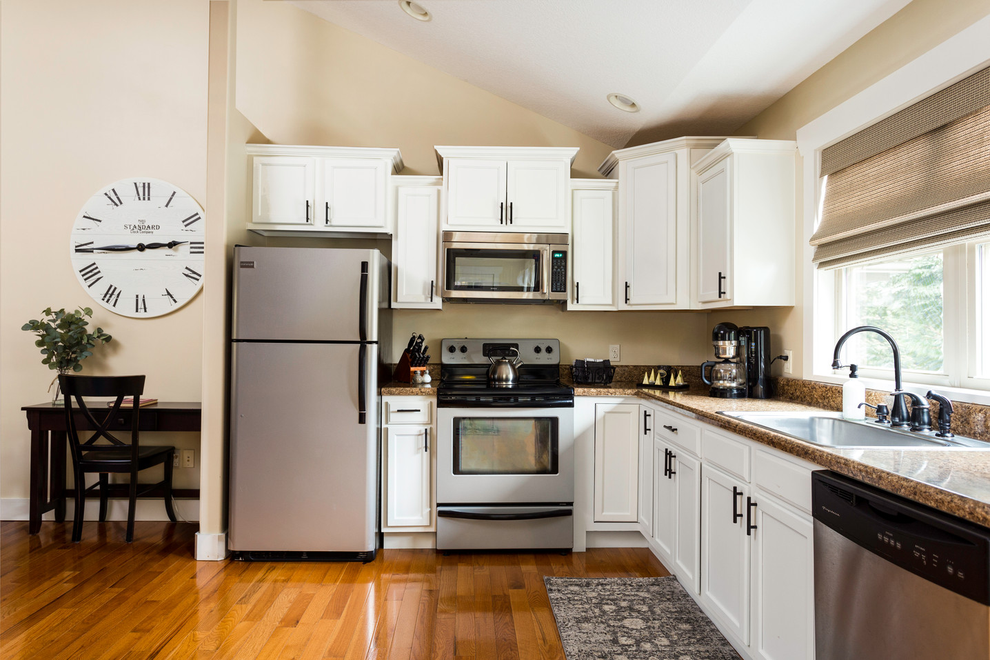 A full size kitchen in this cabin rental in Asheville