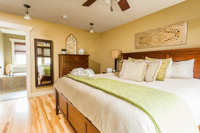 Best master bed and bath in a rental in Asheville