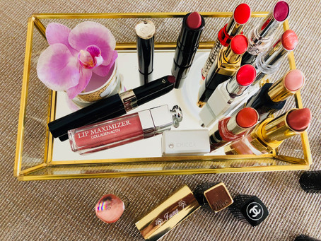 choosing the right color ~ lipstick?