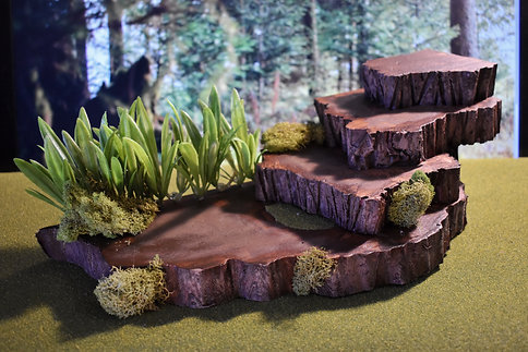 4 Layer Rock with Moss and Grass