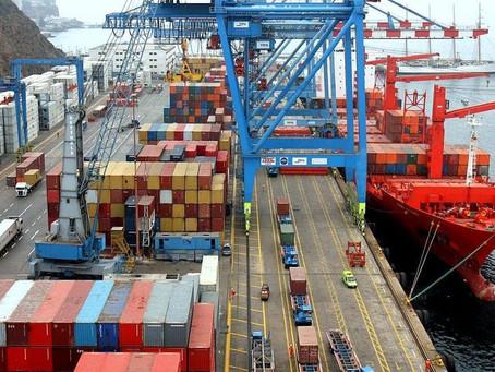 Balanza comercial: cayó el volumen y los precios ayudaron a licuar el déficit