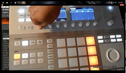 Maschine 2.0 How to use the Step Sequencer from the Hardware.jpg