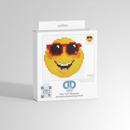 DD1.009   DIAMOND DOTZ® Smiling Face