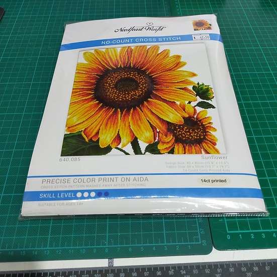 MC640.085 Needle Art World-No count cross stitch  Sunflower