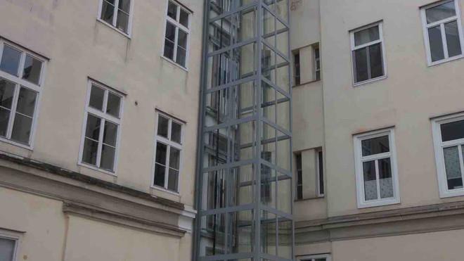 aufzug_einbauten_zubauten_wien_architektur_rolandgasperl.at