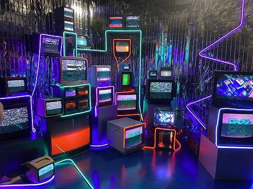 Vintage TV Installation w/Neon QTY:20+