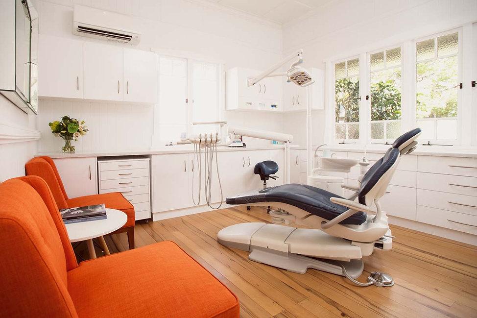 Dr-David-Baker's-Surgery-dental-chair-an