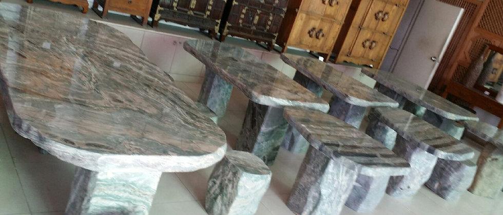 옥 테이블