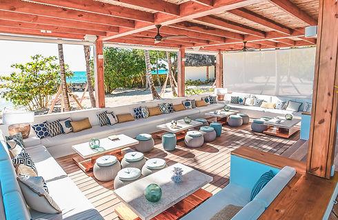 minitas-beach-club-3.jpg
