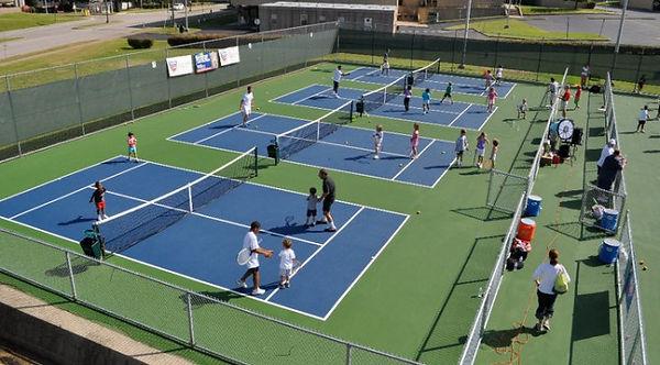 10-and-Under-Tennis-672x372.jpg
