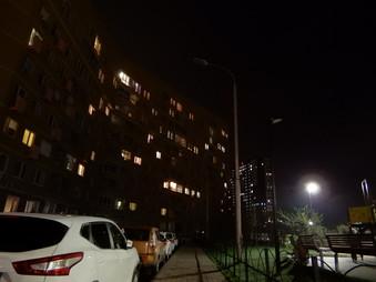 Обращение по не работающему освещению в сквере у дома 10 по улице Ясная