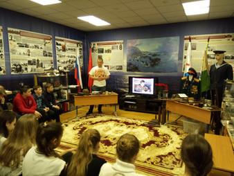 Открытый урок о подвигах нашего народа в период Великой Отечественной войны, среди учащихся 7-х клас