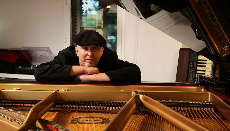 henry Piano