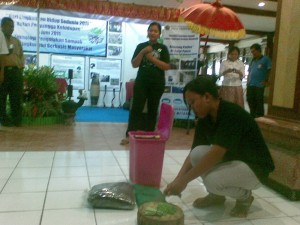 Waste Management Exhibition (Art Center Bali, May 25 – 26, 2011)