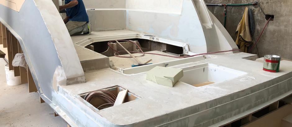 Avanza la construcción de las matrices del nuevo Quest 290 Day Cruiser