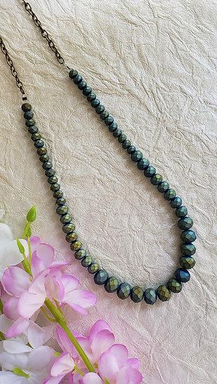 Shimmering Aqua-Green Necklace