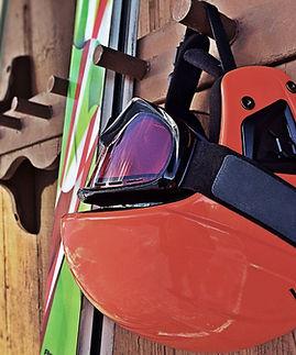 Casque de ski rouge
