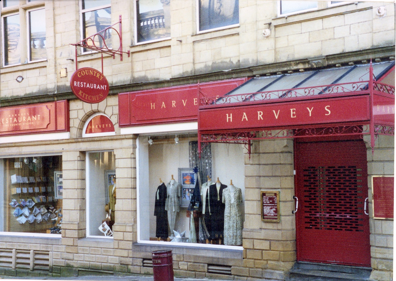 Harveys - Gold Leafed Lettering
