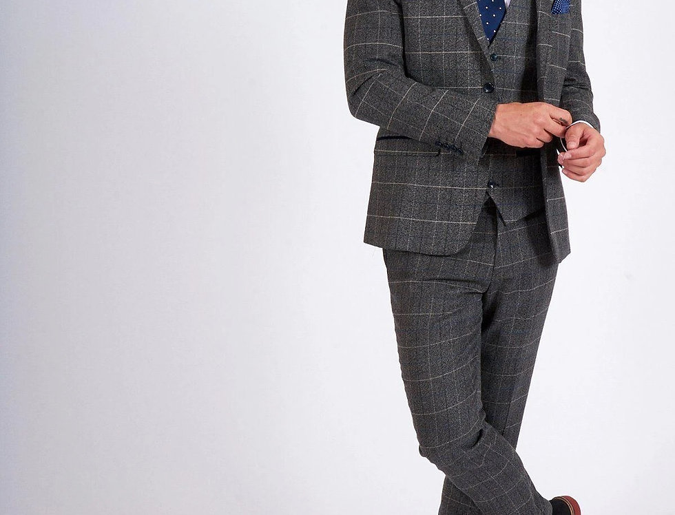Marc Darcy - Scott - Grey Tweed Check Three Piece Suit