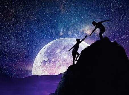 Pełnia Księżyca w Znaku Wagi.
