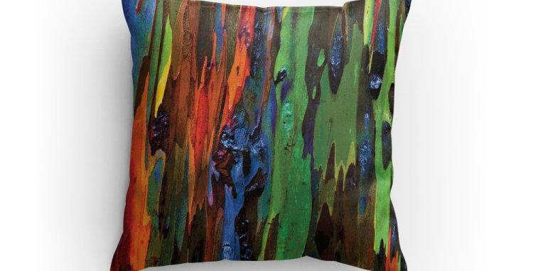 Rainbow Eucalyptus in Green