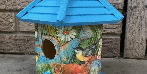 Garden Friends Birdhouse