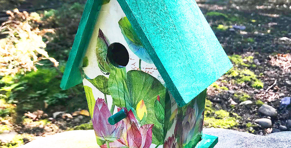 Water lilies A Frame Birdhouse
