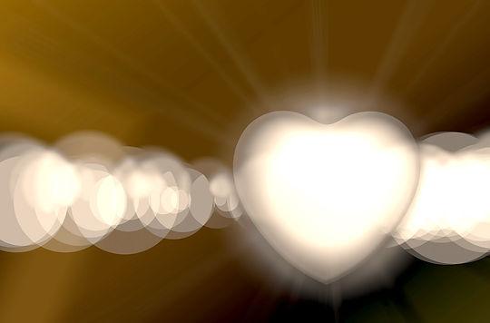 heart-608787_1920 Gold.jpeg