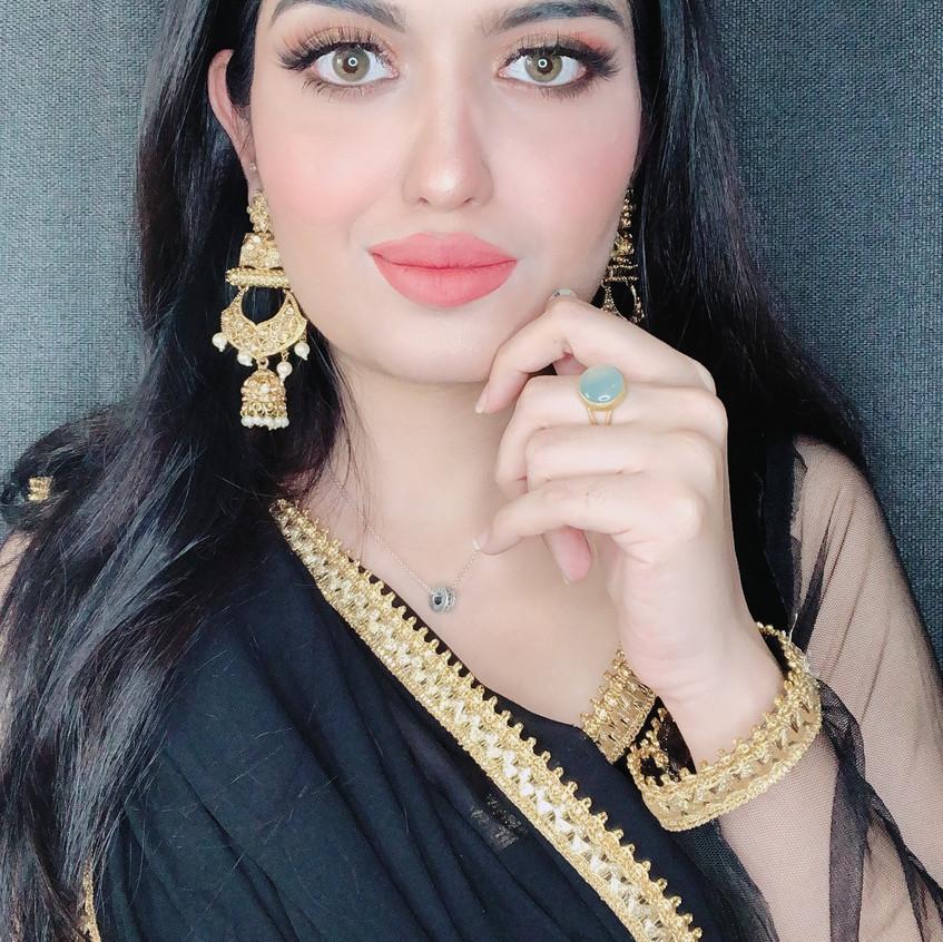 Saree look the ordinary girl fatima (its_fama)