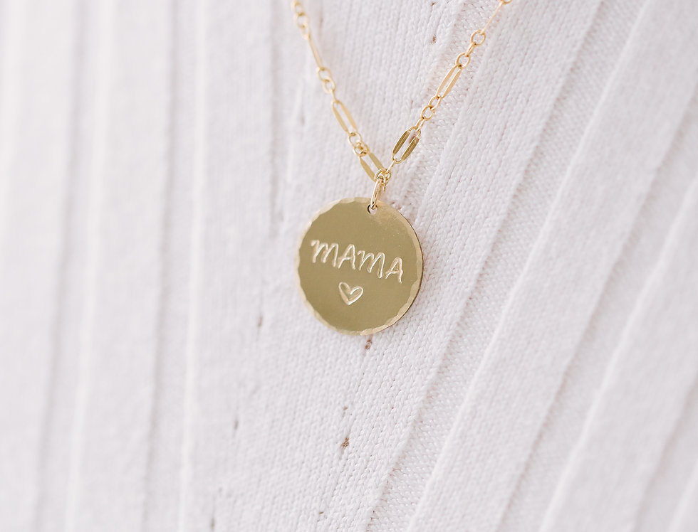 Mama Circle Pendant Necklace