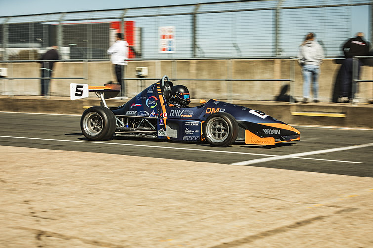 Silverstone 23-04-21-11.jpg