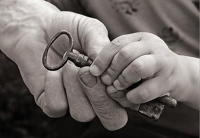 mani-e-chiave.jpg