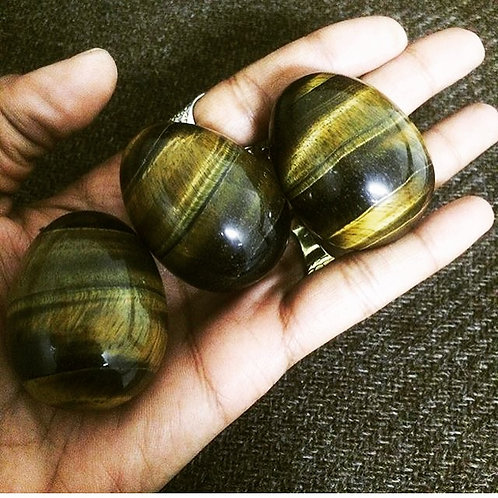 Medium Tigers eye egg / GIA cert