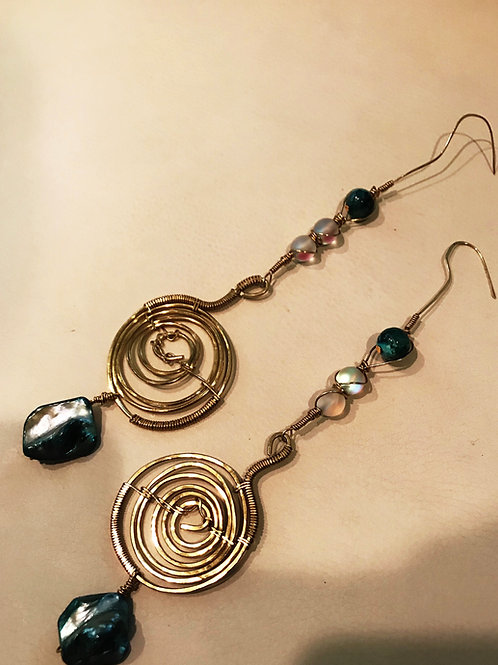 Energy coil Aura agate pearl hoops