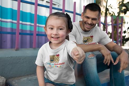 dad-and-girl-mockup-wearing-t-shirts-hav