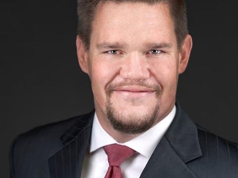 Aaron J. Vanagaitis