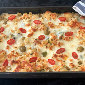 cheesy Mediterranean pipe rigate white sauce pasta