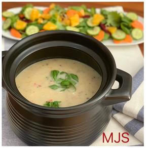 CREAMY HEALTHY CAULIFLOWER SOUP