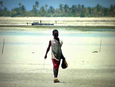 Gentes de Tanzania y Kenia. Fisherman Kid.