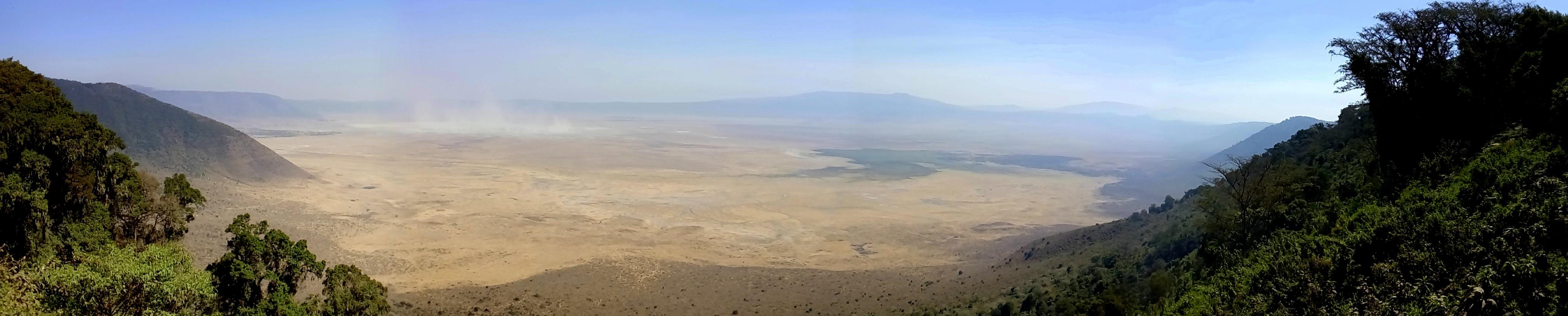 safari en el interior del cráter