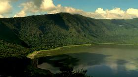 Descubre el desconocido cráter de Empakai en el Área de Conservación del Ngorongoro