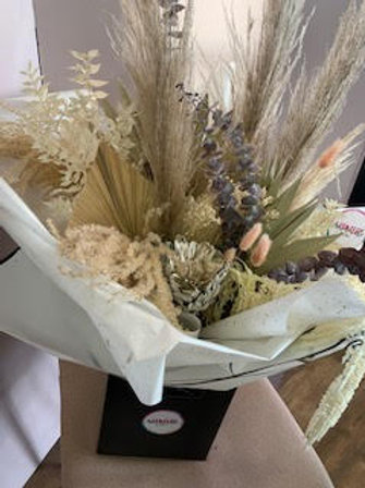 Natural Dried Flower Bouquet